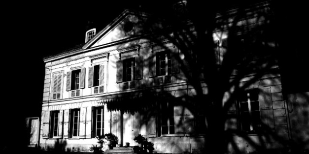 creepy house at night